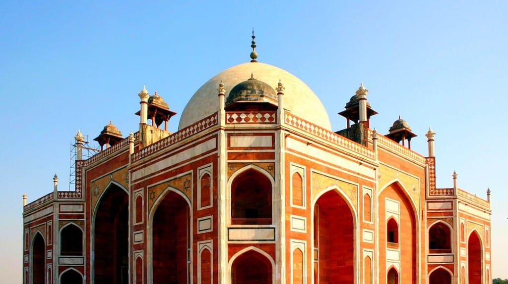 Top 10 outstanding art galleries in New Delhi