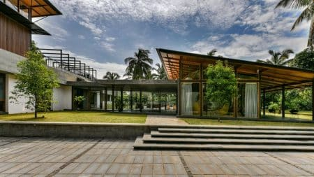Kerala-House-Thought-Parallels-Architecture-866x487